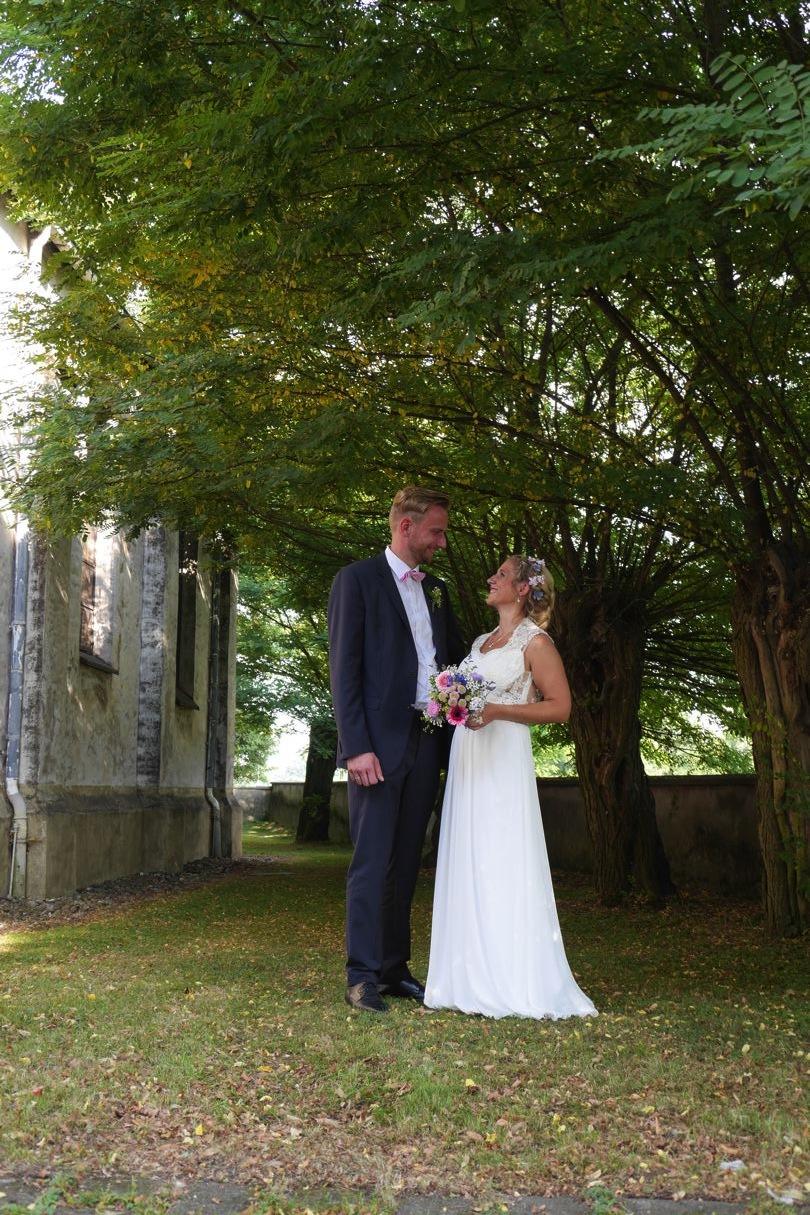 romantische trauung sommerhochzeit hochzeitsfotograf fotograf hochzeit düsseldorf